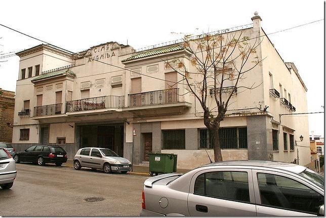 Fachada Cine Avenida de Barbate