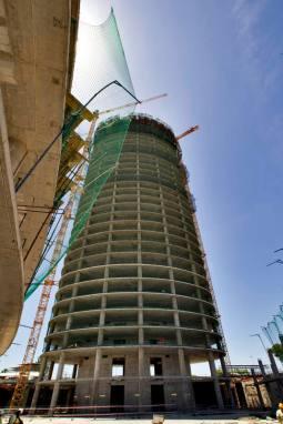 Torre Pelli 32