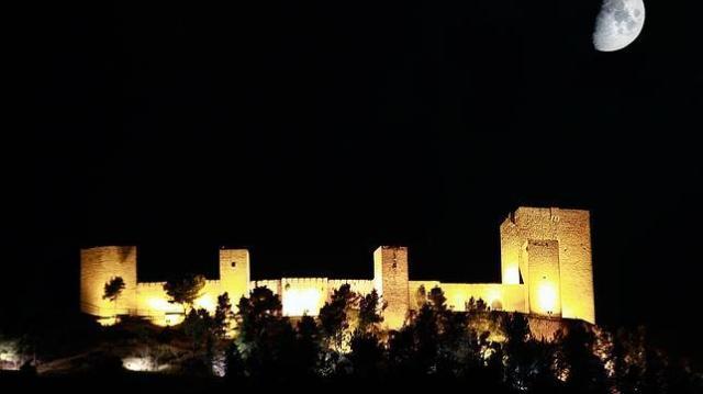 castillo-jan-luna-1--644x362